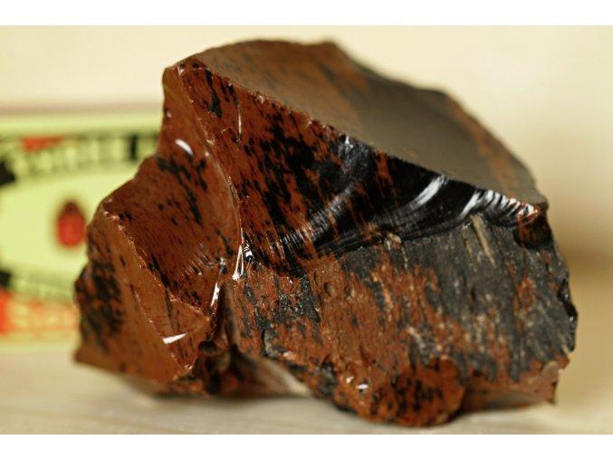 obsidián mahagon ochranný kámen 7