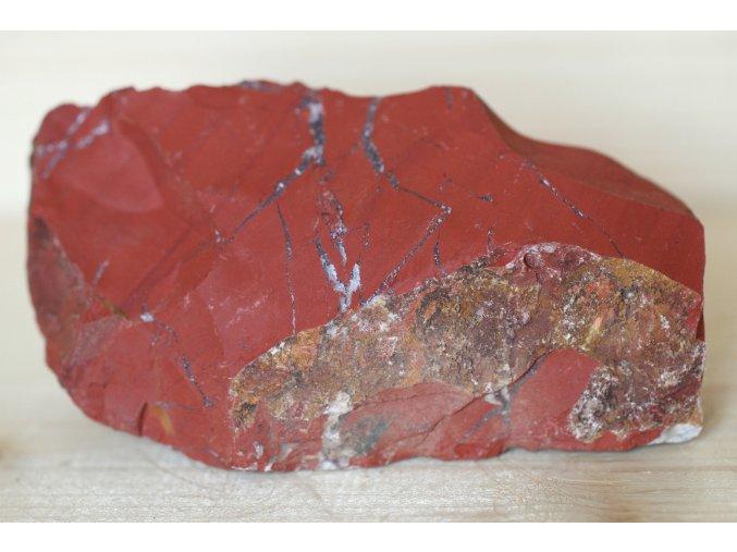 jaspis červený surový přírodní 11