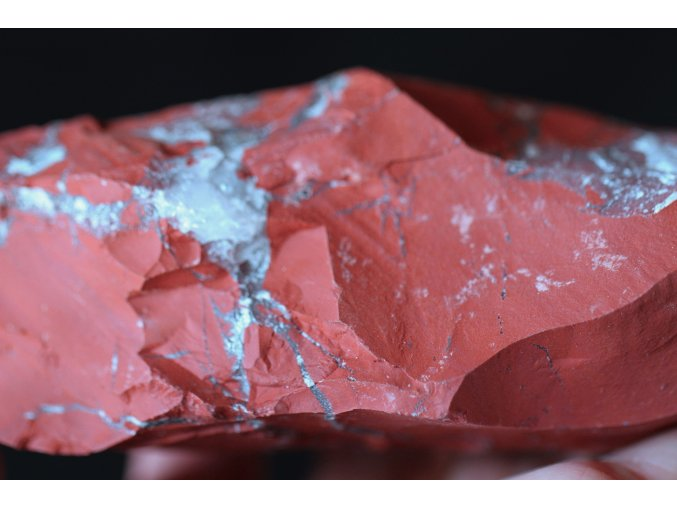 jaspis červený surový přírodní 3