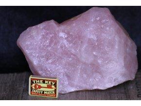 růženín kámen velký surový 3