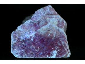 lepidolit přírodní surový kvalitní 1