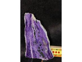 čaroit fialový kámen z ruska 9