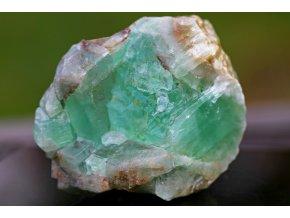 kalcit zelený velký surový masívní přírodní 22