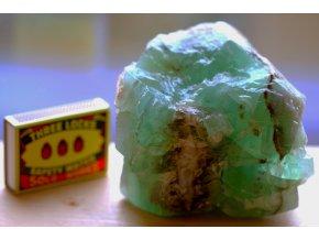 kalcit zelený smaragdový velký 2