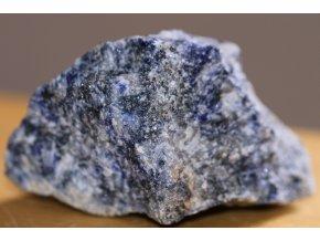 sodalit velký přírodní kámen 4