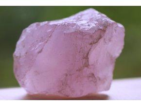 růženín přírodní kámen lásky 24