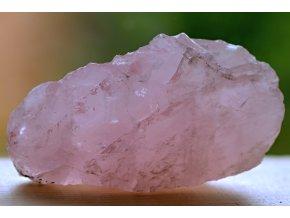 růženín přírodní kámen lásky 28