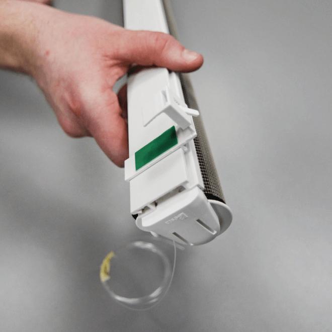 rolety den a noc - montáž bez vrtání krok 4