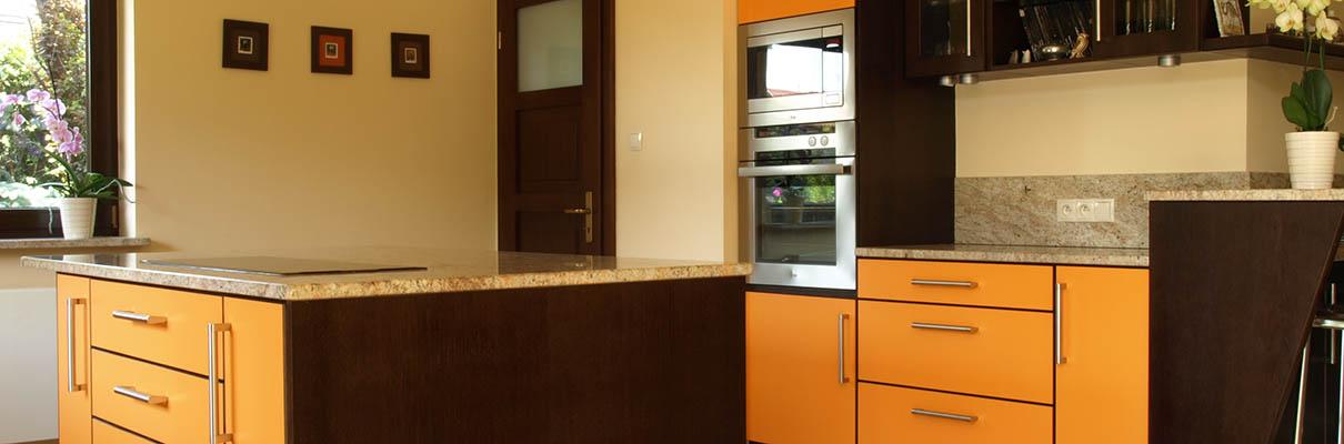 oranžová kuchyně