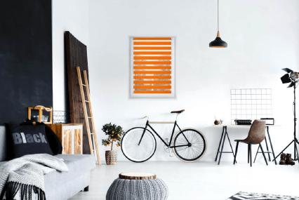 Oživte interiér farebnými roletami