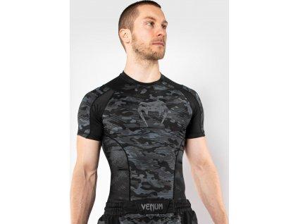 Rashguard Venum Defender - Short Sleeves - Dark Camo