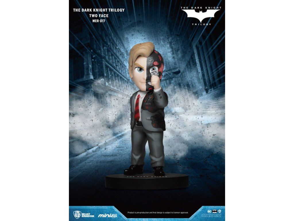 Dark Knight Trilogy Mini Egg Attack Figure Two-Face 8 cm Beast Kingdom Toys