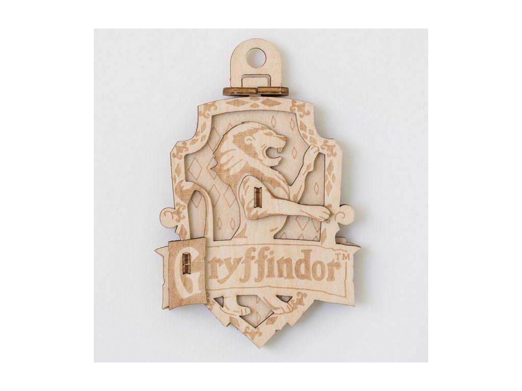 Harry Potter IncrediBuilds Emblematics 3D Wood Model Kit Gryffindor Insight Editions