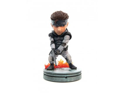 Metal Gear Solid PVC SD Statue Solid Snake 20 cm First 4 Figures