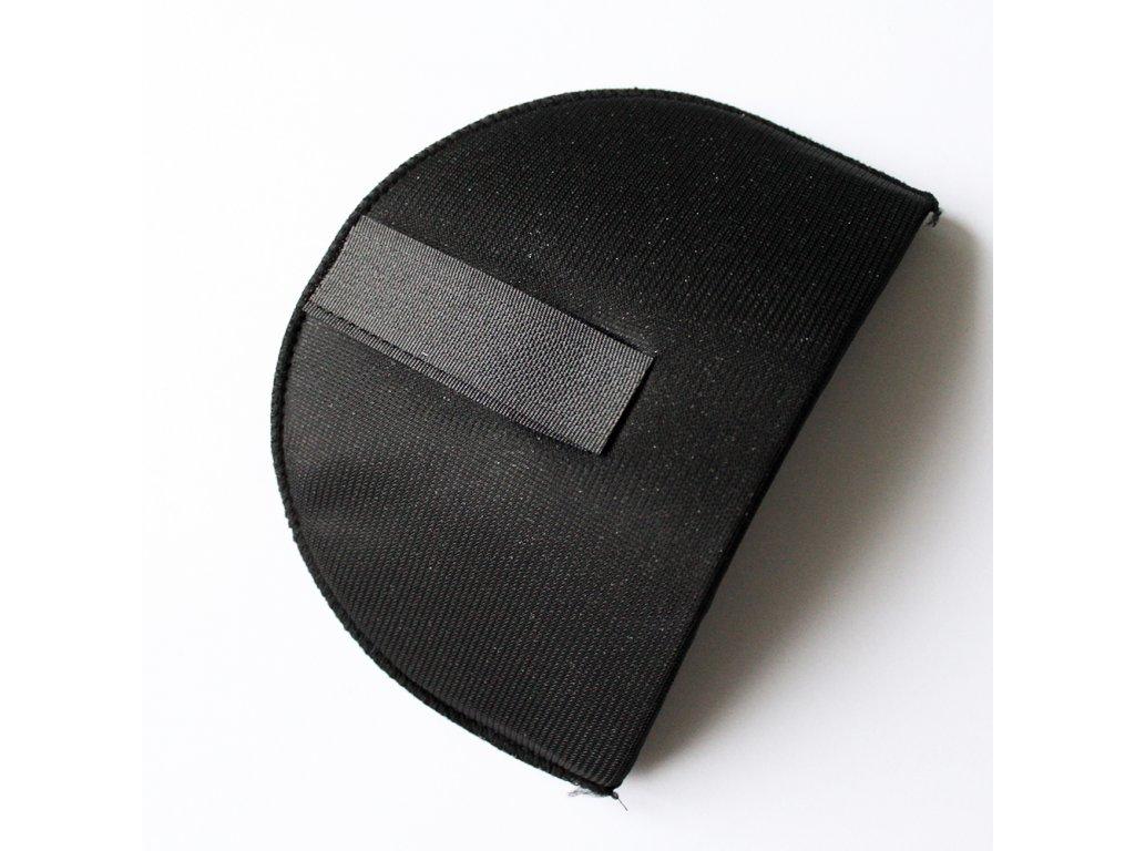 Vycpávka potažená síla 15mm černá se suchým zipem 10172