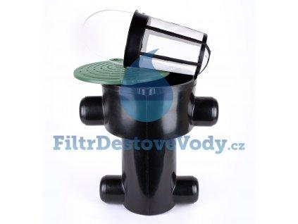filtr dešťové vody v šachtě rozmontovaný