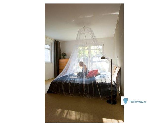Moskytiera nad dvě postele s háčkem, ve vaku