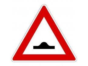 Dopravní značka Pozor, zpomalovací práh (A7b)