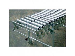 Nůžkový dopravník s ocelovými válečky, šířka 500 mm, 32 os