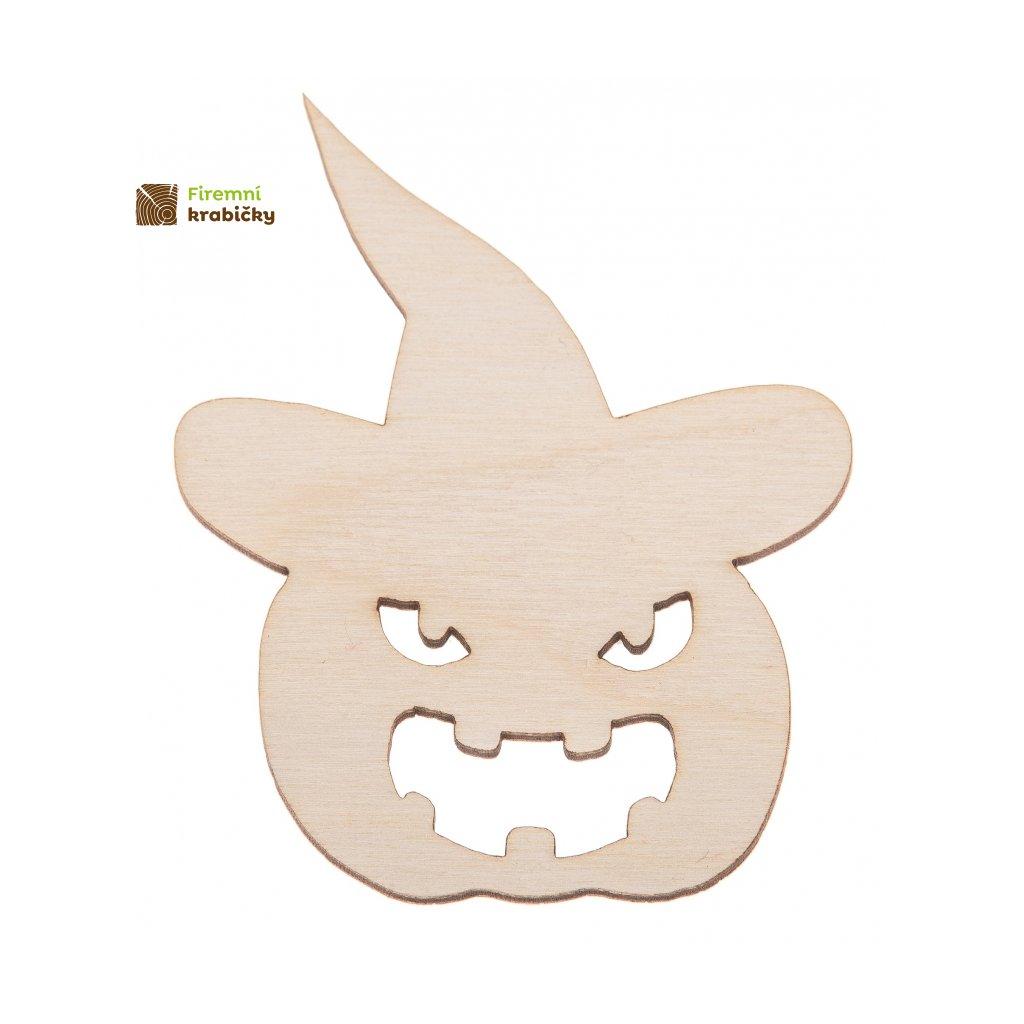 drewniana dynia w kapeluszu