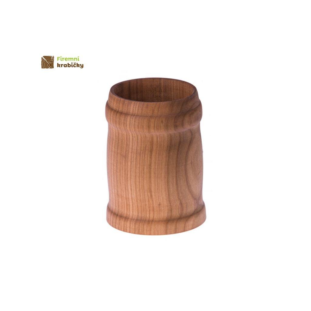 drewniany kufel kubek na piwo