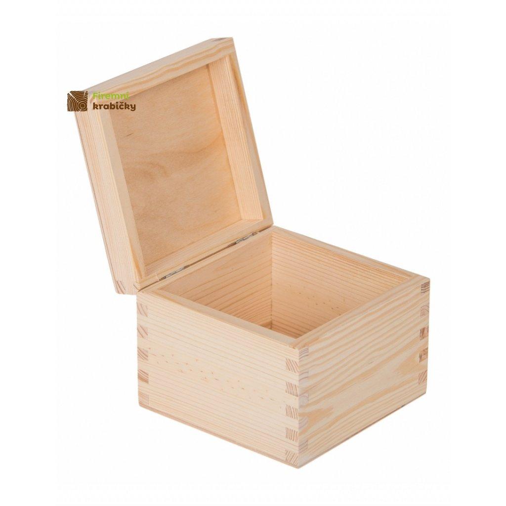 13418 drevena krabicka 13 5x13 5x10 5cm svetla z