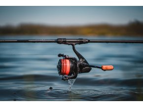 GIANTS FISHING NAVIJÁK DELUXE REEL FD 9000 + CÍVKA 8000 ZDARMA!