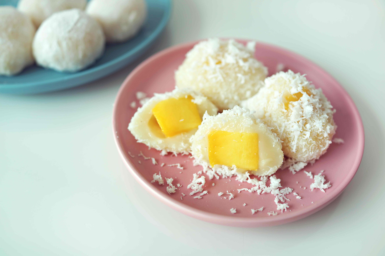 RAW kokosové kuličky s mangem