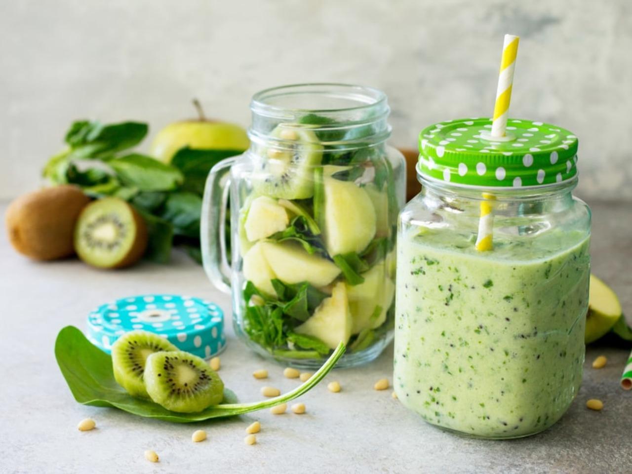 Fit-day recept: vitamíny nabité jablečné smoothie s kiwi