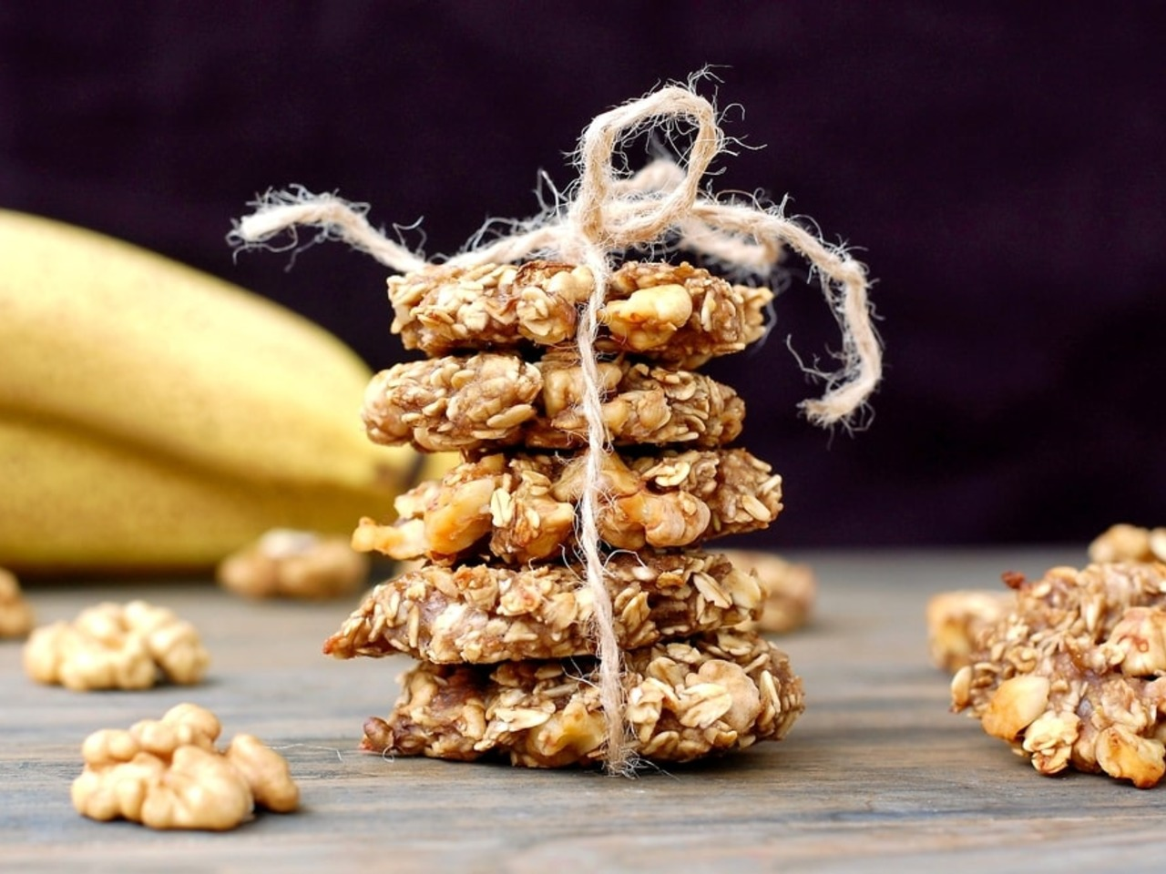 Extra jednoduché banánové sušenky s kokosem a vločkami