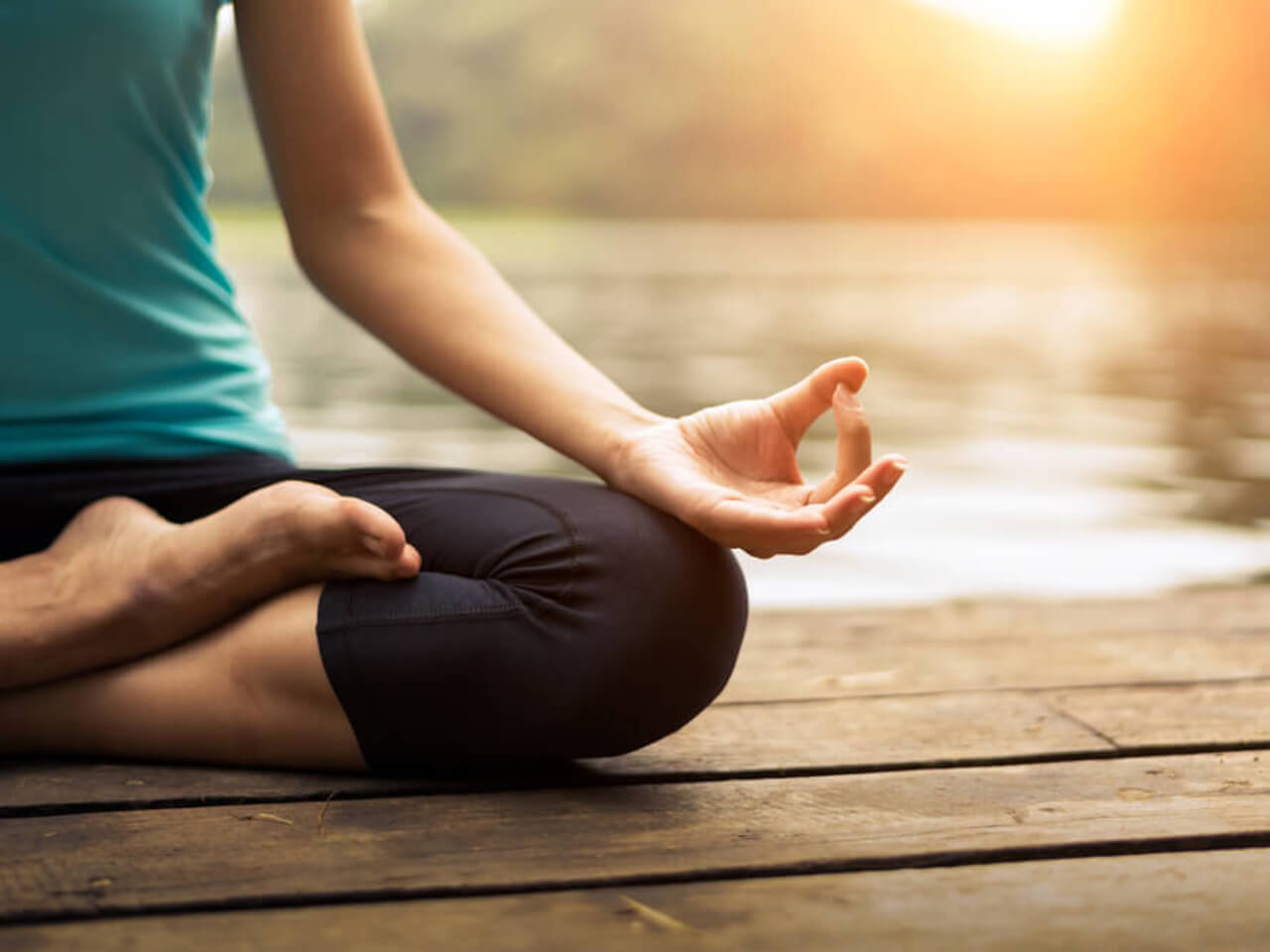 Jóga a její pozitivní účinky. Začněte se cvičením ještě dnes