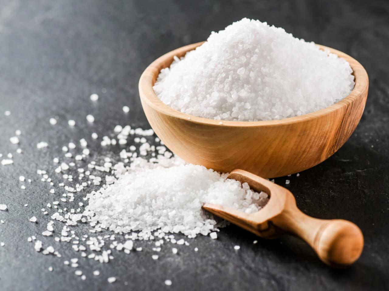 Všudypřítomná sůl: Jak působí na lidské zdraví a kolik soli denně přijmout