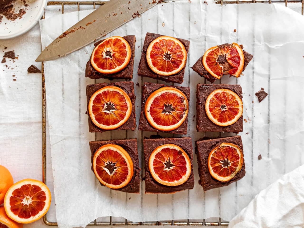 Voňavé čokoládové brownies s karamelizovaným pomerančem