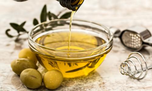 Podle čeho vybírat olej ? Který je vhodný na vaření?