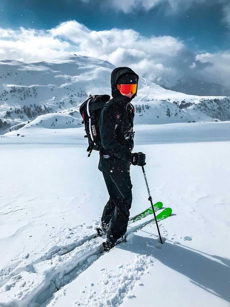 sportove-hodinky-na-skialp-01