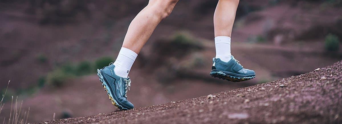 altra-lone-peak-5-model-03-scott-socks
