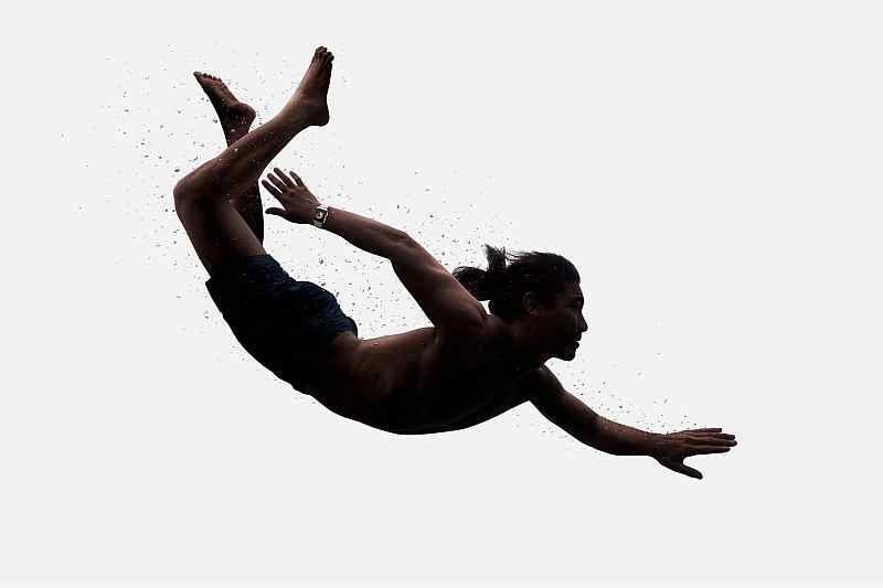 apple-watch-series-3-swimming