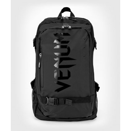 batoh venum challenger pro evo black black 1