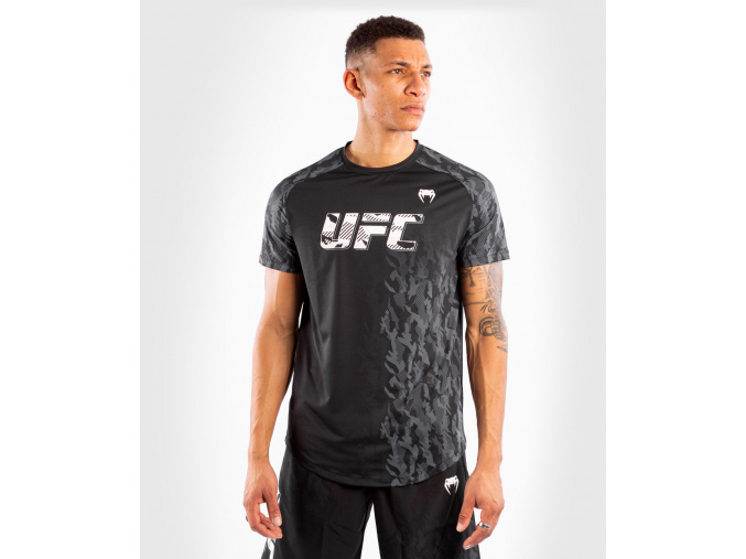T shirt men´s short sleeve panske triko kratky rukav ufc venum fight week performance black f1