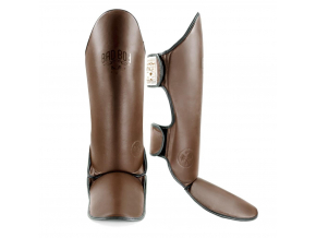 BadBoy Heritage Thai Shin Guard brown chranice holeni f1