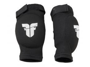 elbow fighter black