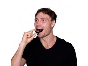 Chránič zubů Opro Silver UFC - černá/červená