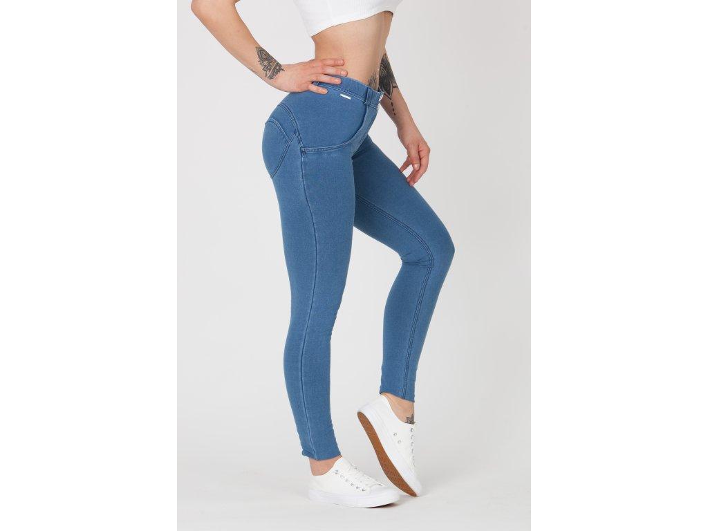 Boost Jeans Mid Waist Light Blue