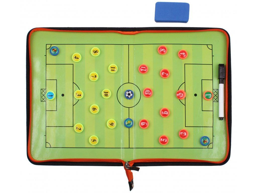 Futbal 58 magnetická trenerská tabuľa, so zipsom