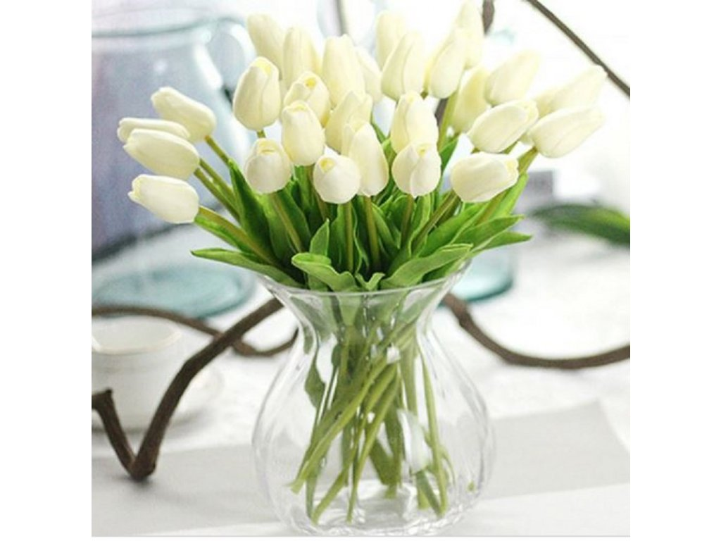 31 Kusu Umelych Bilych Svatebnich Tulipanu Svatebni Dekorace A