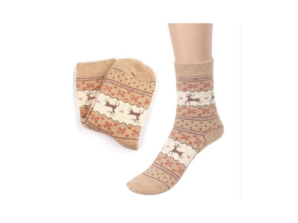 436e5aee26d Dárky k Vánocům- ponožky se sobem