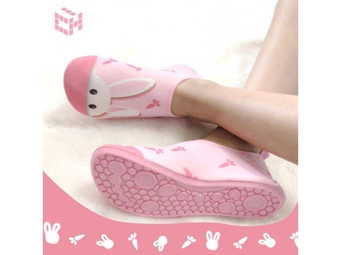 Boty - dětské boty - dětské roztomilé boty do vody pro holčičku s potiskme zajíčka  - boty do vody