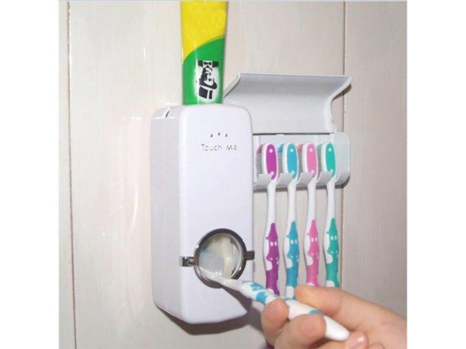 Dávkovač zubní pasty a držák na zubní kartáčky
