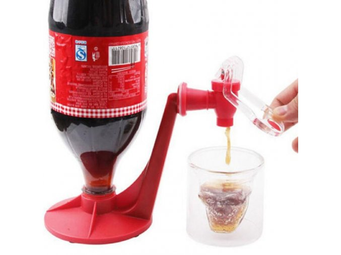 Praktický dávkovací kohoutek na plastové lahve
