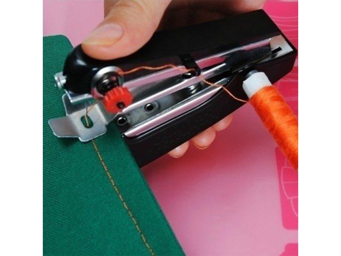Praktický mini kapesní šicí stroj